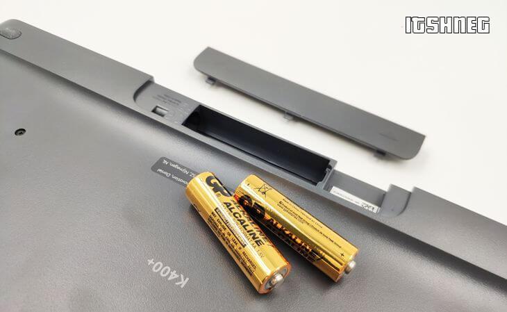 Отсек для батареек в клавиатуре logitech K400Plus